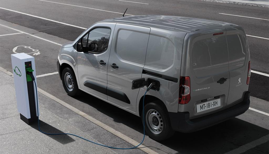 Peugeot-e-Partner-2021-3