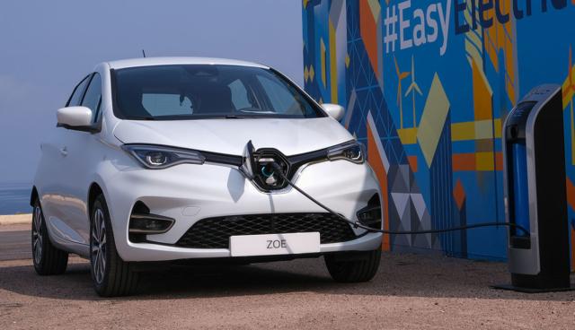 Renault-ZOE-laedt
