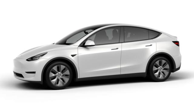 Tesla-Model-Y-weiss
