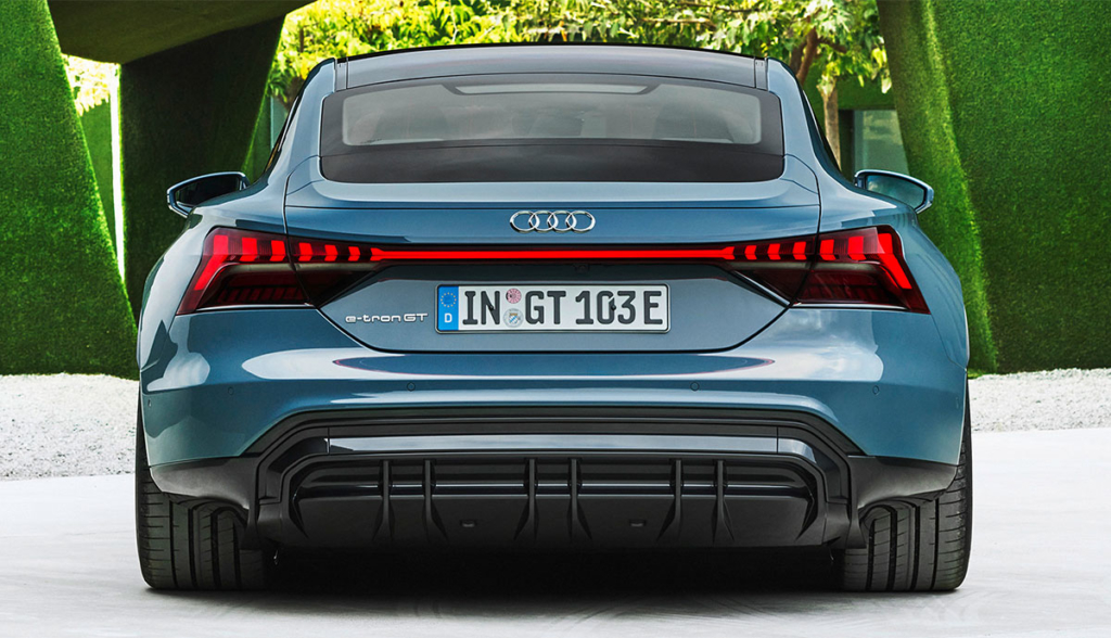 Audi e-tron GT quattro-4