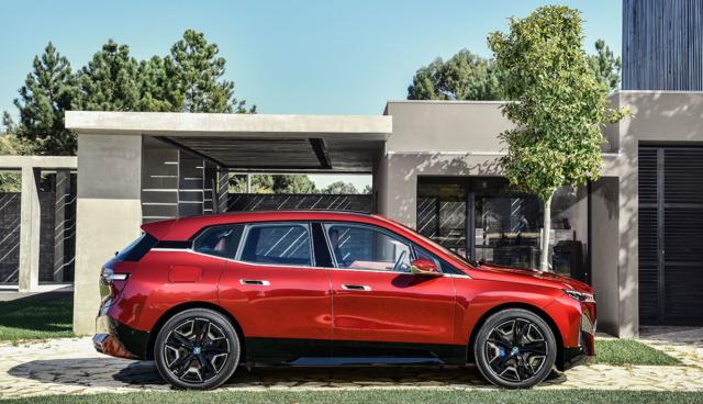 BMW-iX-Seite