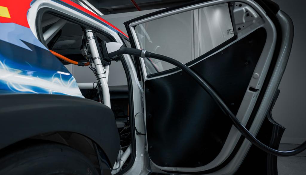 Hyundai-Veloster N ETCR-2021-6