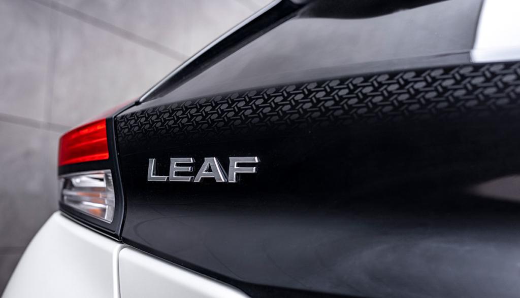 Nissan-LEAF10-SV-2021-8