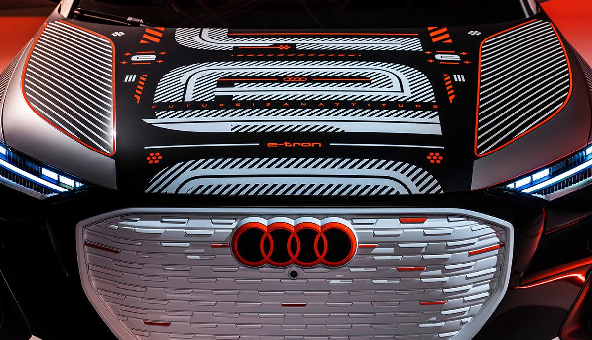 Audi-Q4-e-torn-Front-getarnt