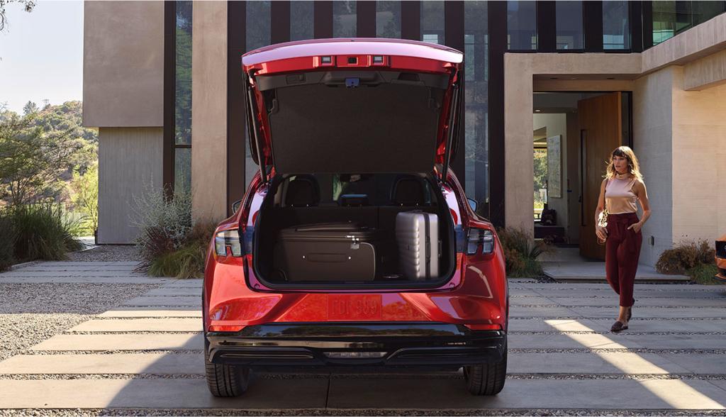 Ford-Mustang-Mach-E-Bilder-2019-13