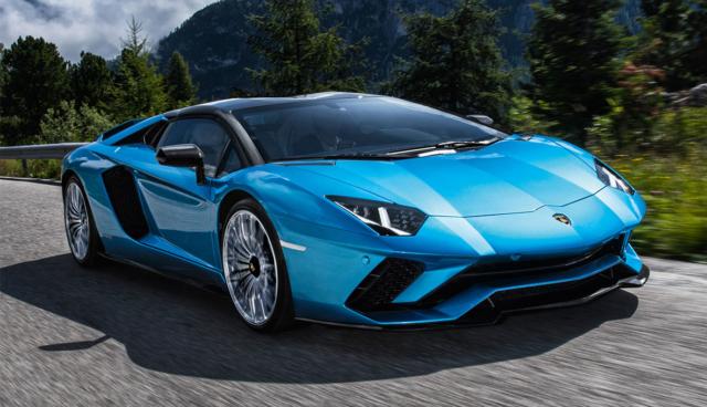 Lamborghini-Aventador-blau