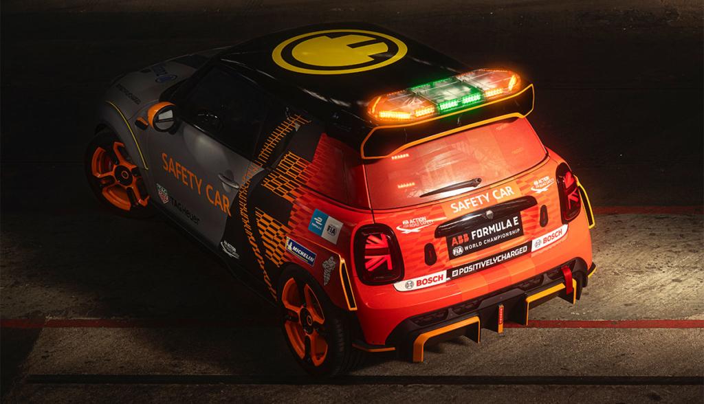 MINI-FIA-Formula-E-Safety-Car-2021-5