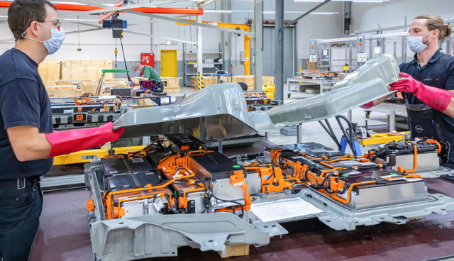 Opel–Batterie-Center-Ruesselsheim-2021-4