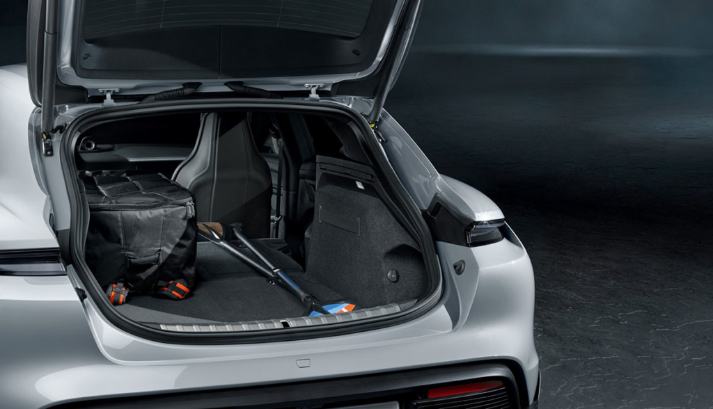 Porsche Taycan Cross Turismo-2