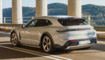 Porsche-Taycan-Cross-Turismo-2021-6