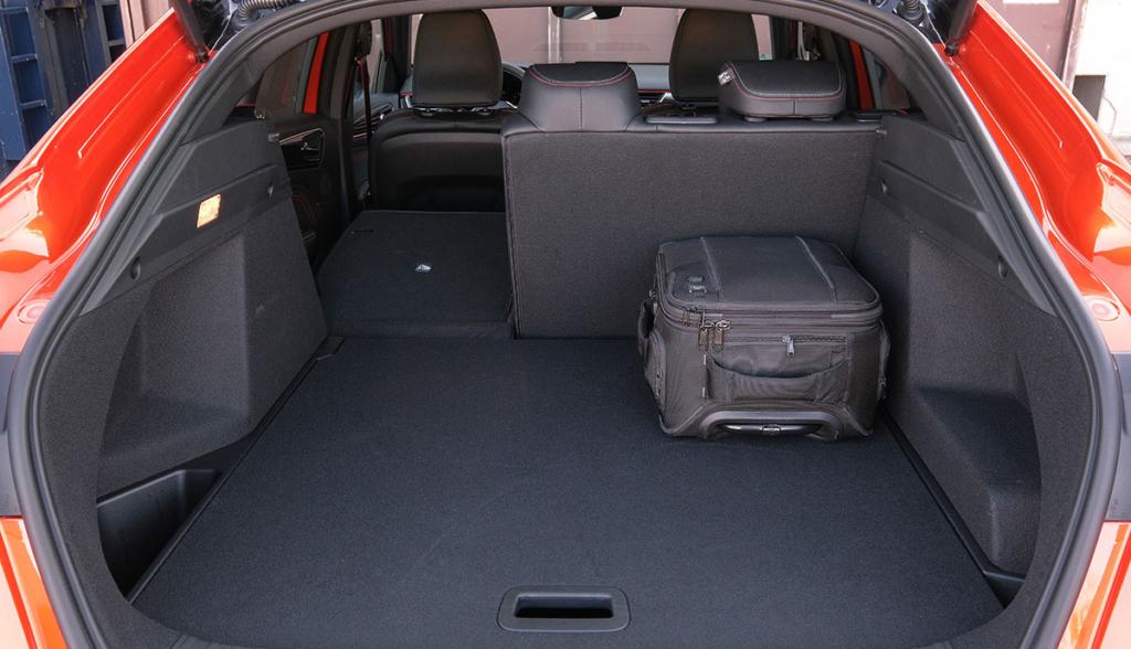Renault-Arkana-2021-7