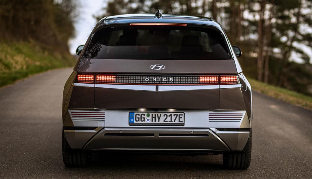 Hyundai-Ioniq-5-7