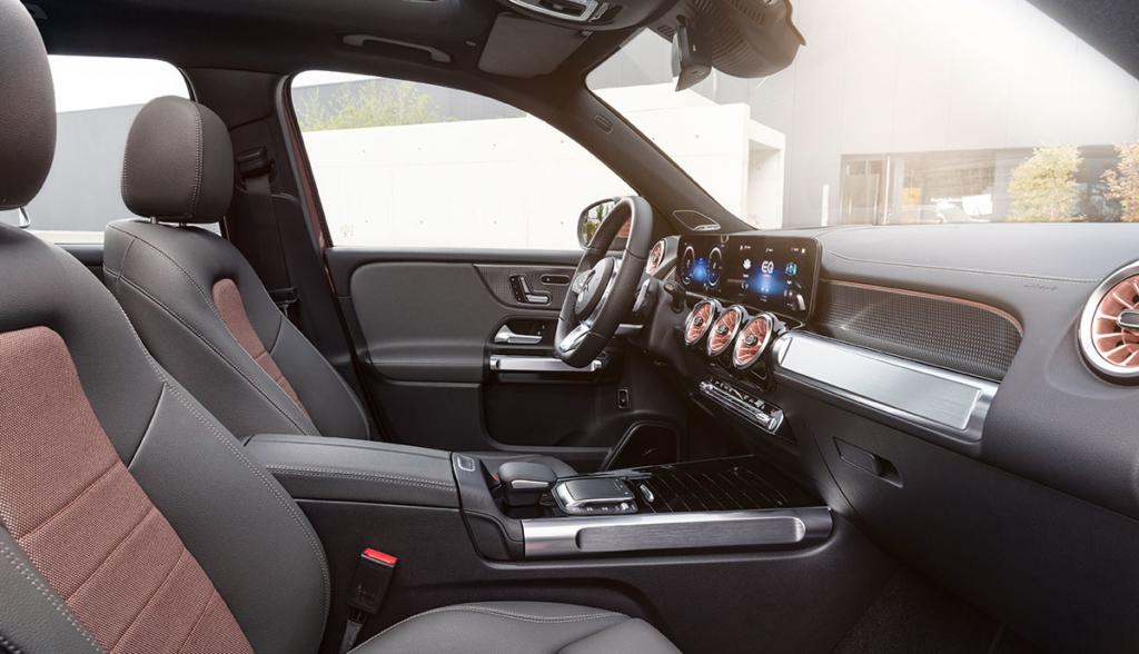 Mercedes-EQB-2021-10