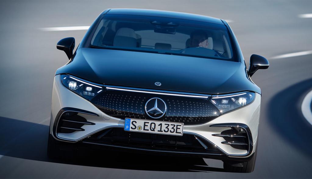 Mercedes-EQS-2021-13
