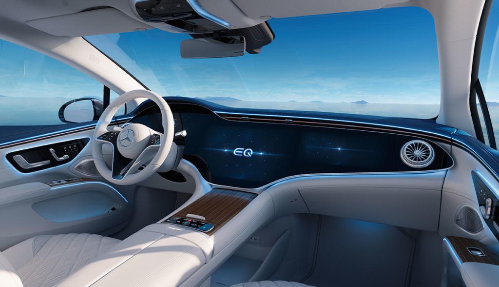 Mercedes-EQS-2021-4