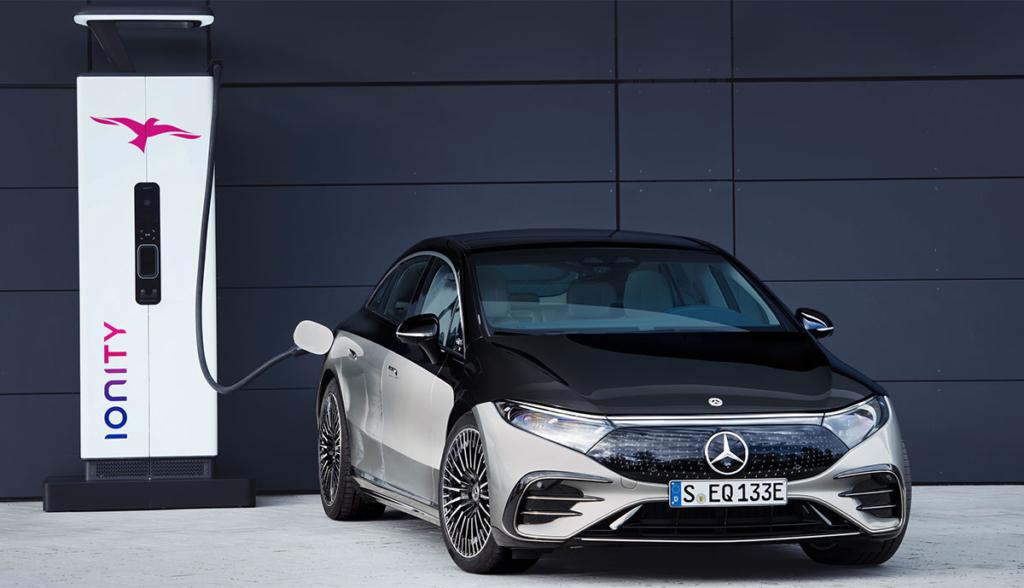 Mercedes-EQS-2021-7