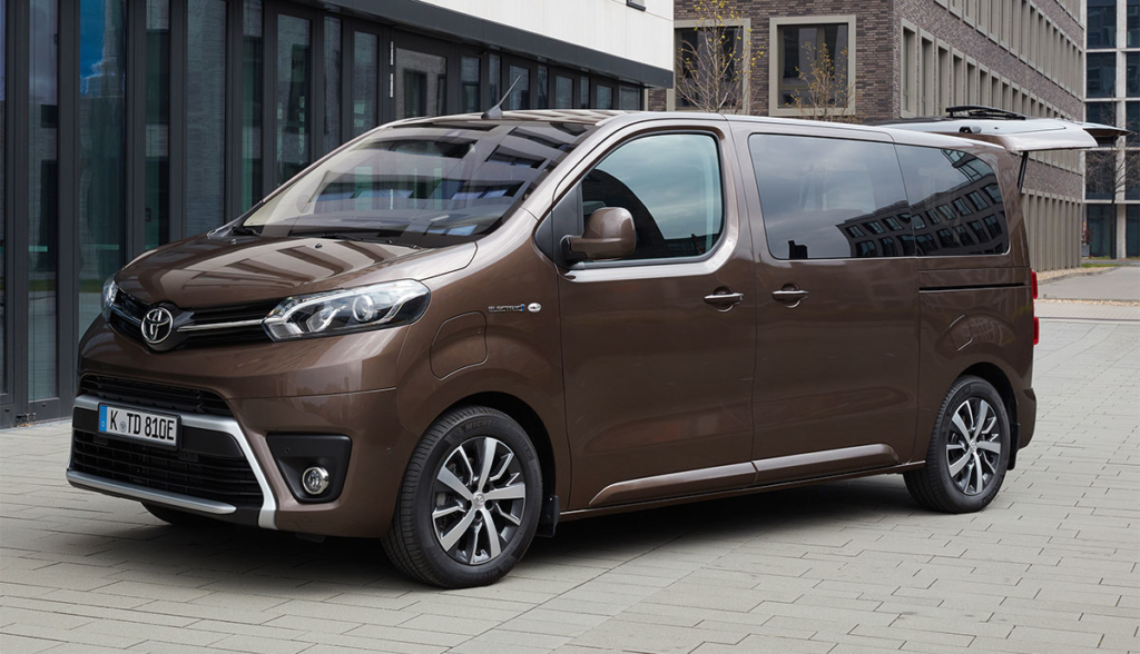 Toyota-Proace-Verso-Electric-2021-2