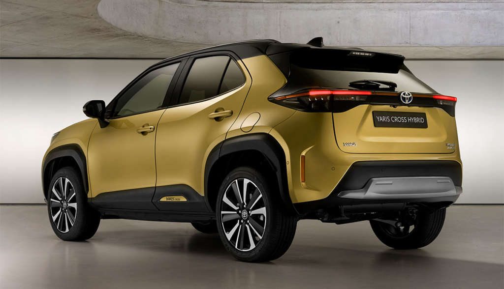 Toyota-Yaris-Cross-Hybrid-2021-7