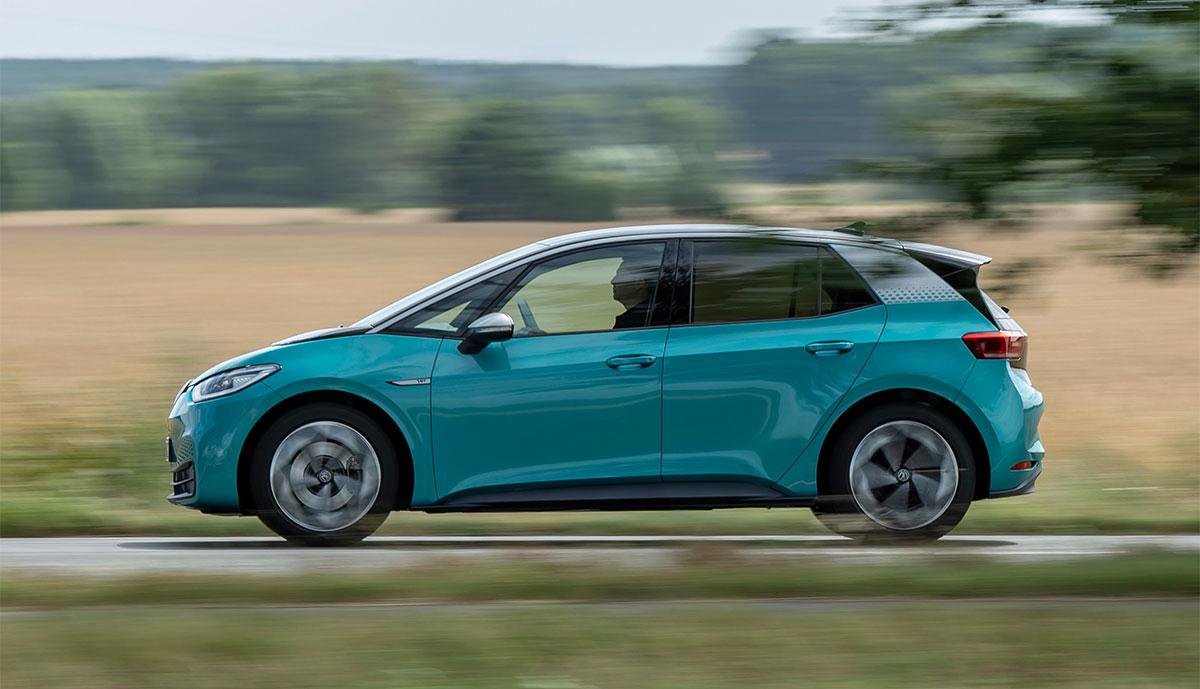 VW-ID3-seite-tuerkis