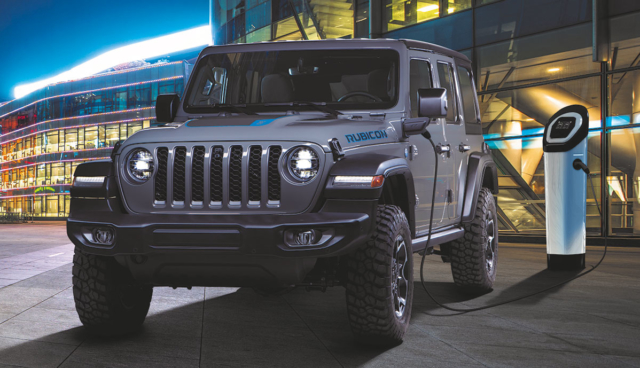 Jeep-Wrangler-4xe-Plug-in-Hybrid-First-Edition-2021-1