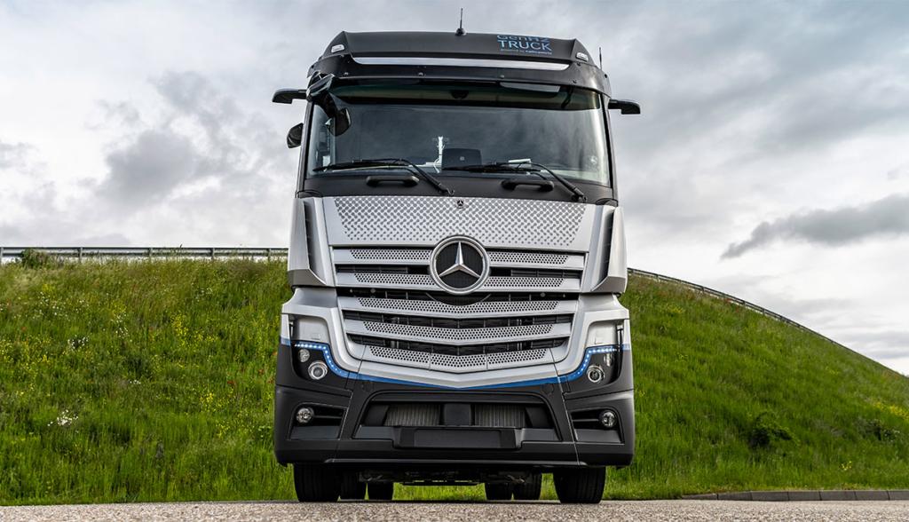 Mercedes-Benz-GenH2-Truck—2021-9