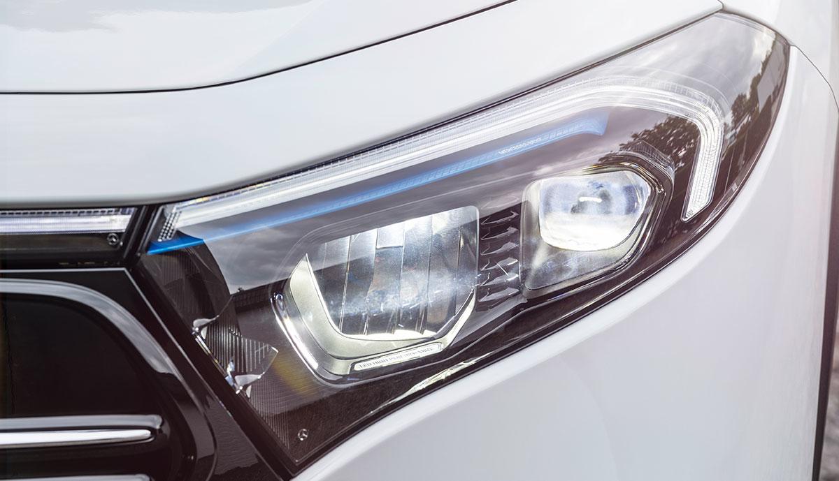 Mercedes-EQA-Frontlicht