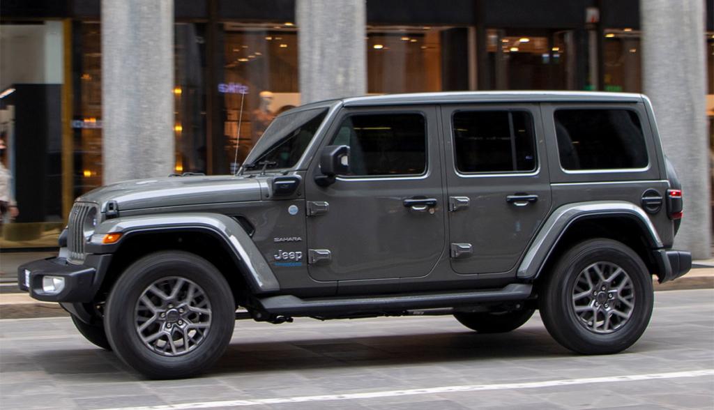 Jeep-Wrangler-4xe-5