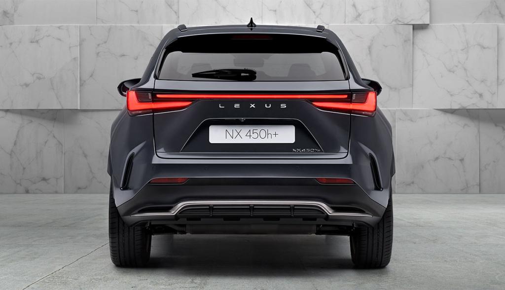 Lexus-NX-450h+-Plug-in-Hybrid-2021-4
