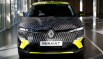 Renault Megane E-TECH Electric getarnt-2021-3