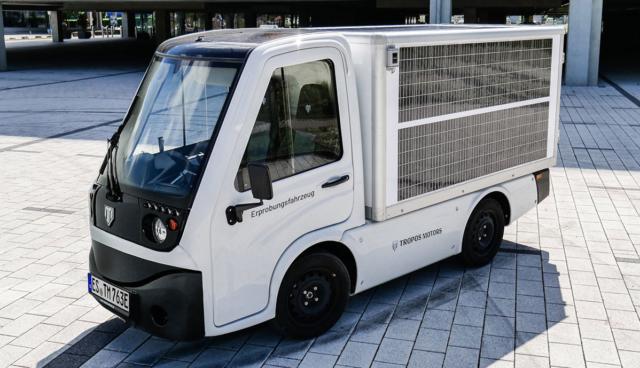 Tropos_Motors_Solar_Panels