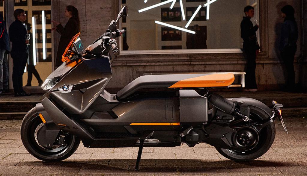 BMW-CE-04-2021-1