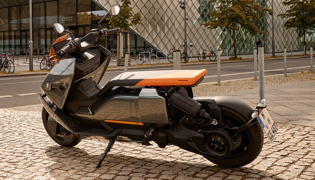 BMW-CE-04-2021-2