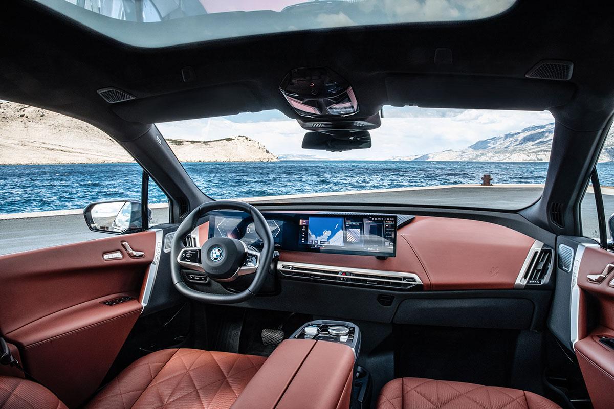 BMW-iX-1