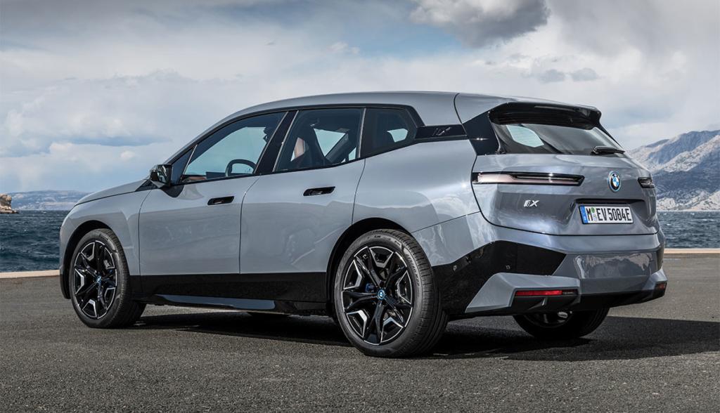 BMW-iX-2021-8