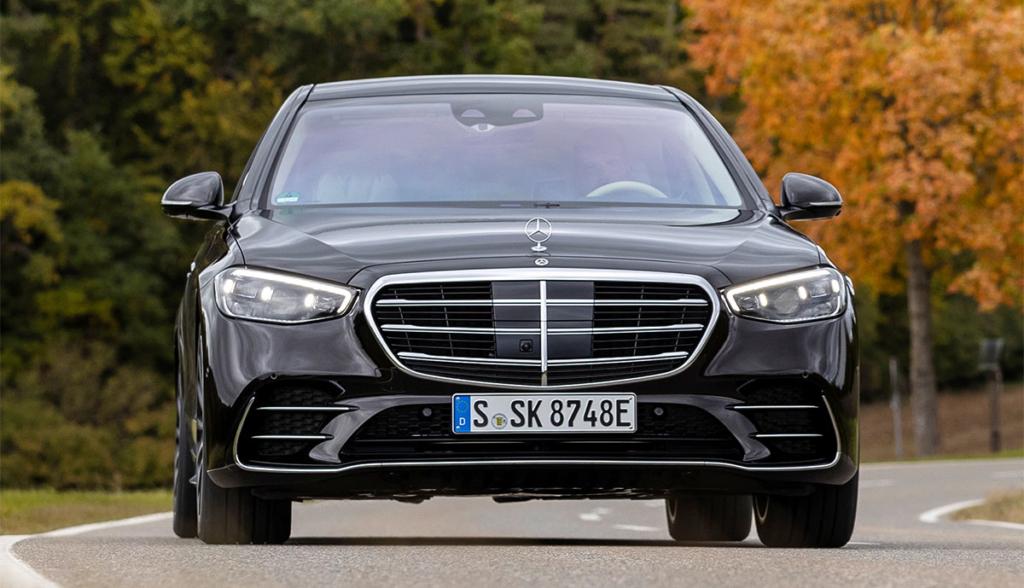 Mercedes–S-580-e-2021-2