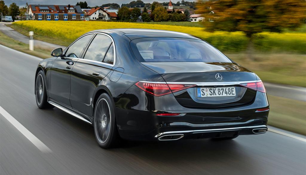 Mercedes–S-580-e-2021-4