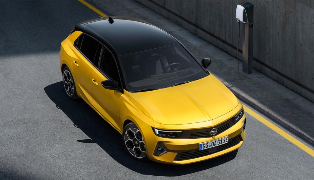 Opel-Astra-Hybrid-2021-2