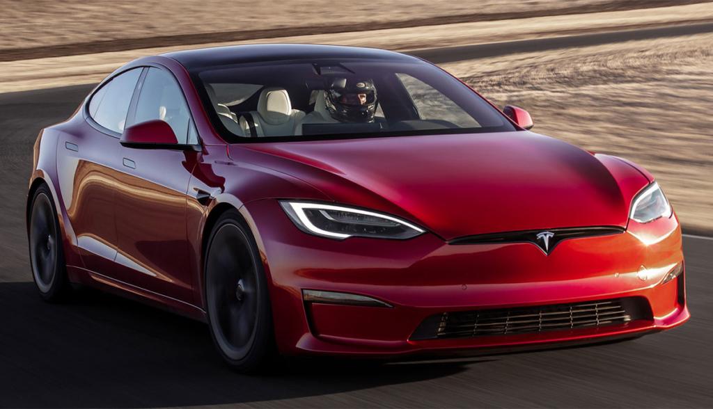 Tesla-Model-S-2021-10