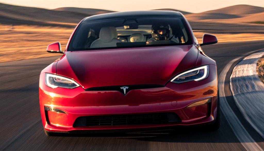 Tesla-Model-S-2021-11