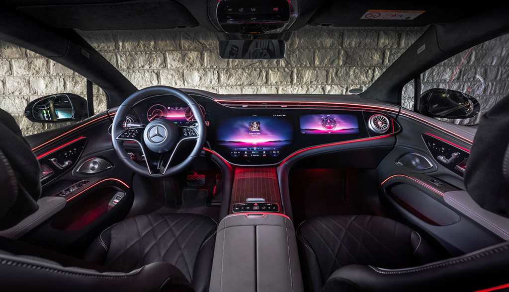 Mercedes-EQS-1