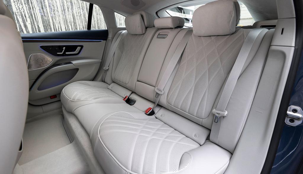 Mercedes EQS 2021-2-1