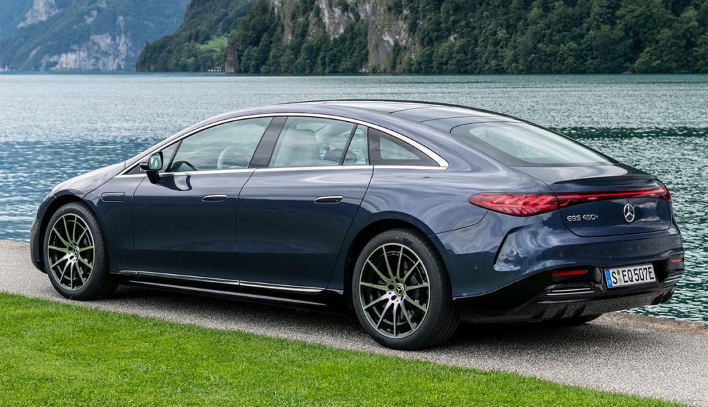 Mercedes EQS 2021-2-8