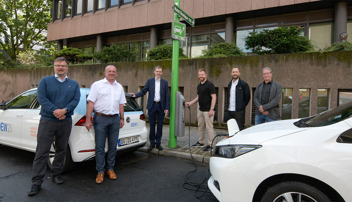 Dortmund baut E-Auto-Ladepunkte an Straßenlaternen