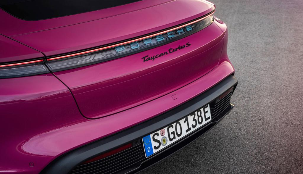 Porsche Taycan Turbo S 2021 Sternrubin-4