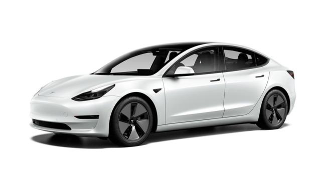 Tesla-Model-3-weiss