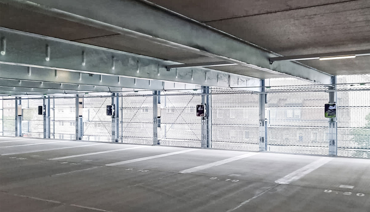 reev-Ladelösung_N-ERGIE-Parkhaus-der-Zukunft_Nuernberg-Sandreuth