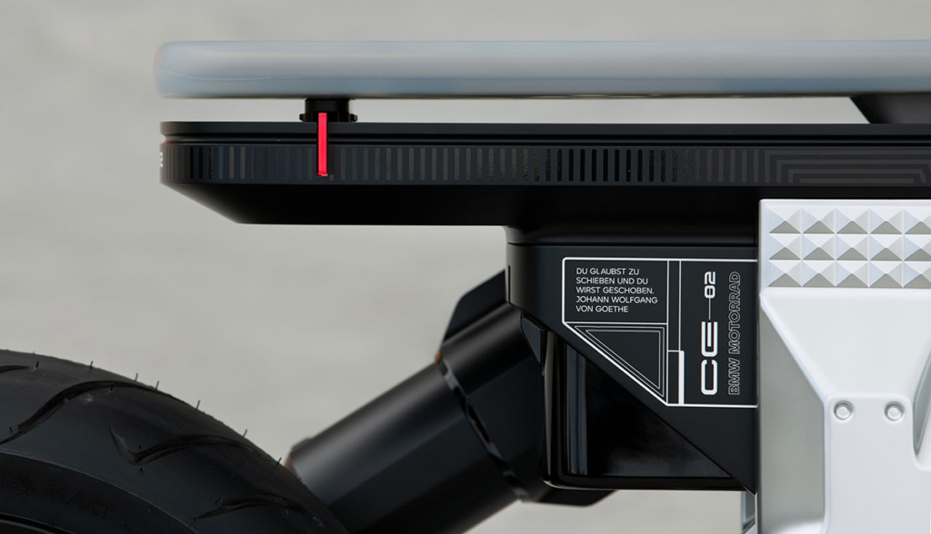 BMW-Motorrad-Concept-CE-02-2021-1