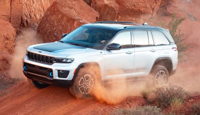 Jeep-Grand-Cherokee-Trailhawk-4xe-2021-11