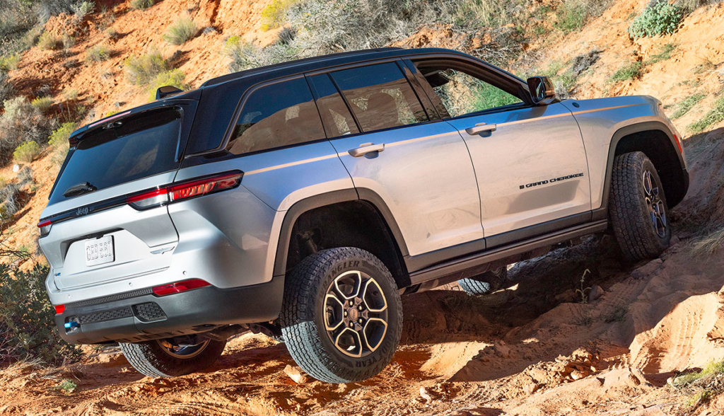 Jeep-Grand-Cherokee-Trailhawk-4xe-2021-5