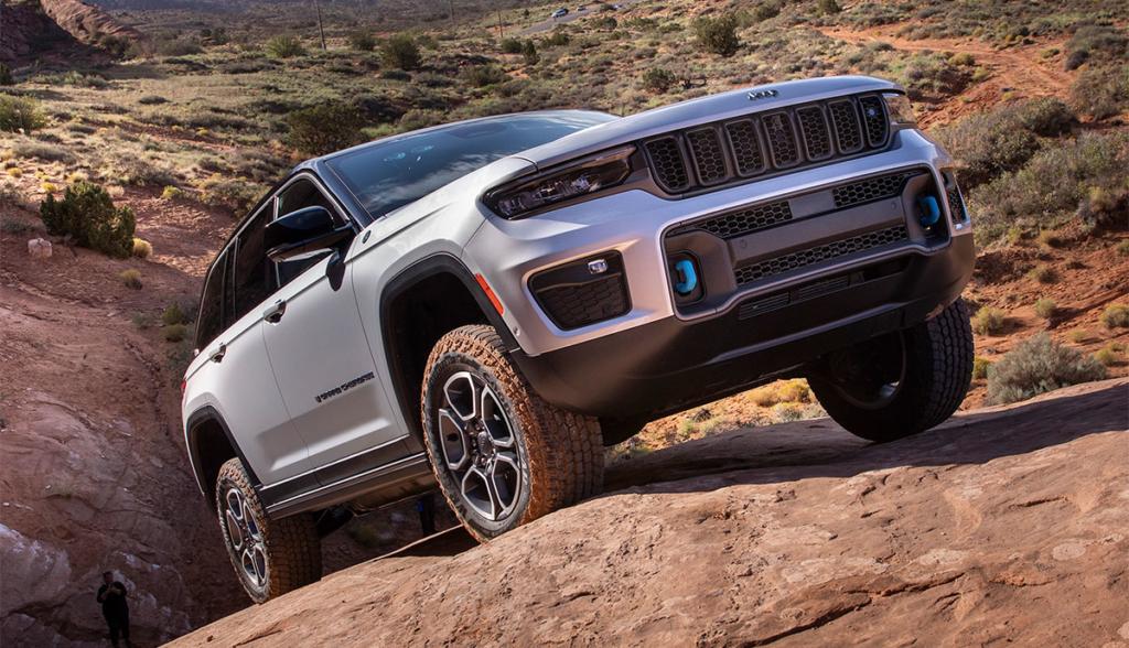 Jeep-Grand-Cherokee-Trailhawk-4xe-2021-7